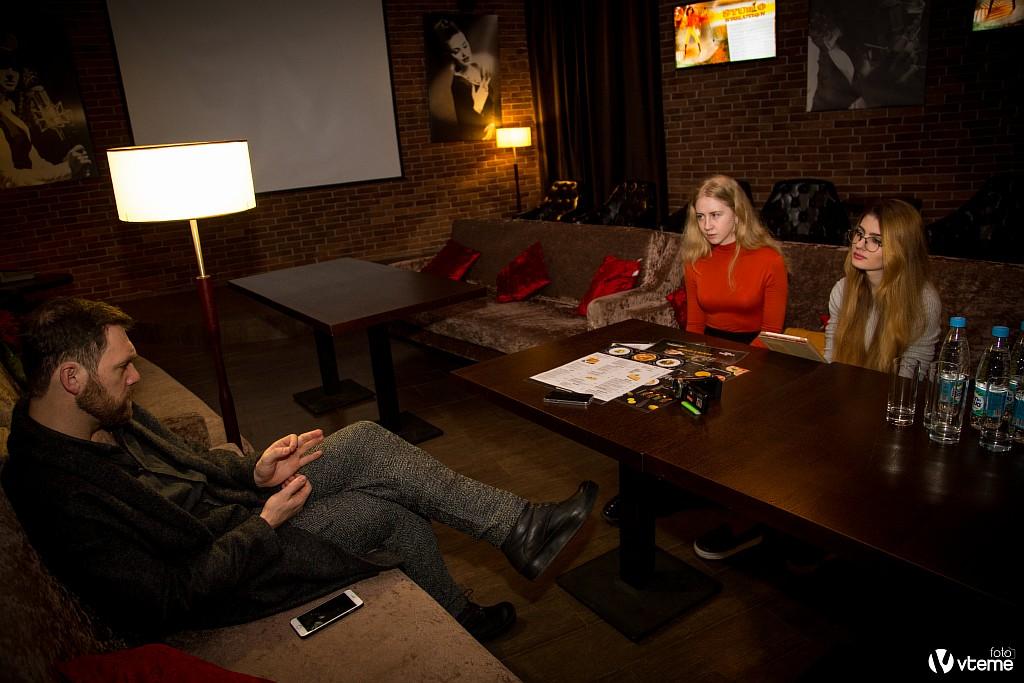 Денис Шведов интервью