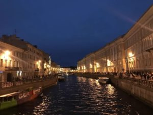 Куда сходить с друзьями в Санкт-Петербурге