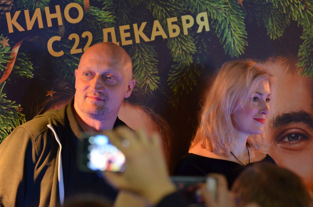 Премьера «Ёлки 5» в Петербурге: Мария Шукшина и Гоша Куценко рассказали про «Ёлки 5» и про ревность