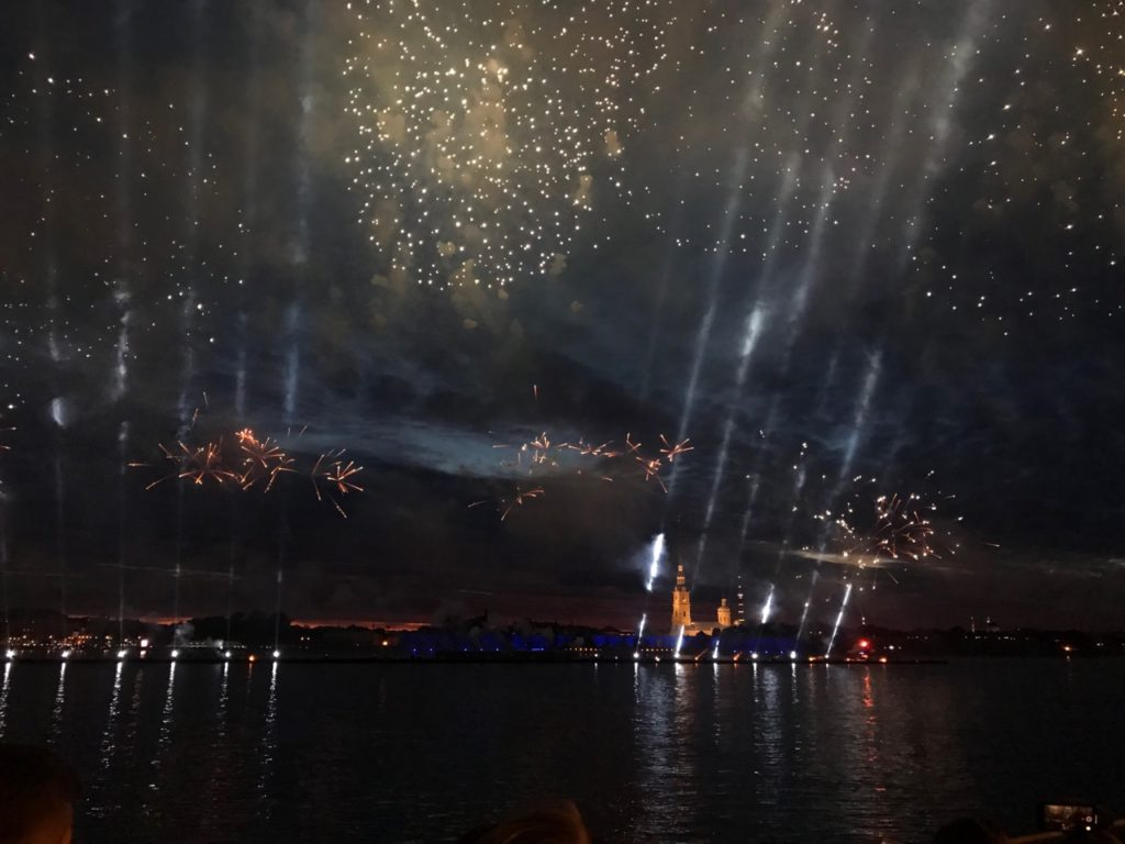 Новый год 2020 в Петербурге салют
