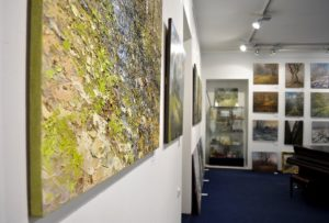 Выставка живописи в Галерее Кустановича – бесплатно!