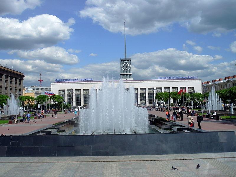 Танцующие фонтаны 2019 в Петербурге