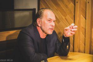 Алексей Гуськов: «Я хожу в кино за своей жизнью. За образом мечты»
