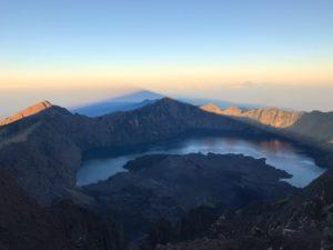 Восхождение на вулкан Ринджани на острове Ломбок