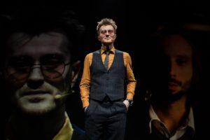 Такой театр собрал зрителей на«Иранскую конференцию» Ивана Вырыпаева